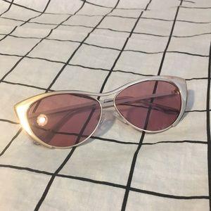Forever 21 rose lens sunglasses